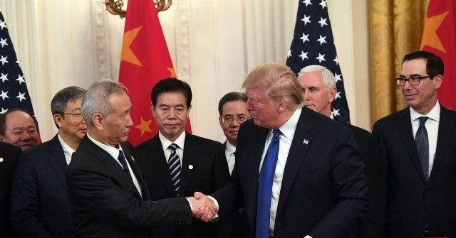 Donald Trump Signs Phase One Trade Deal with China