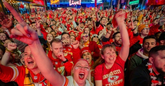 Multiple Kansas City Schools Plan to Close for Chiefs Parade